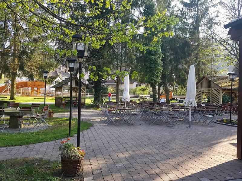 Ochsengarten-Forchtenberg-Restaurant-Über-Uns-1